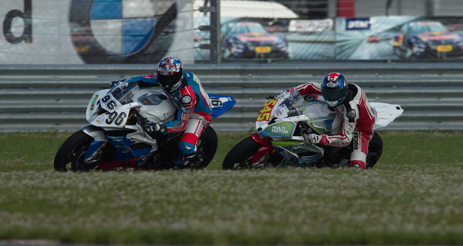 Денис Кулаков из команды RWT Motorsport в тройке лидеров Кубка Московской области BMW S1000RR Cup